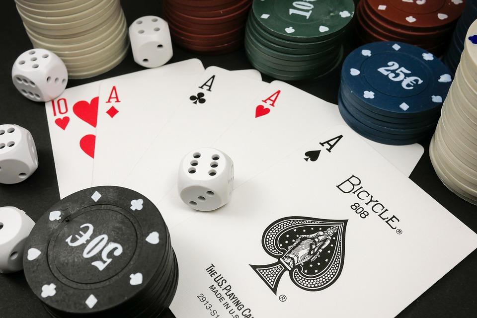 Playing Online Casino Game